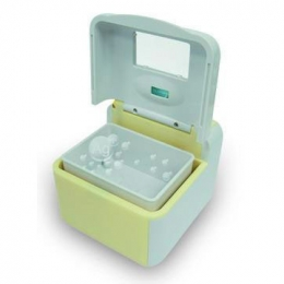 Ultrasonic & UV Denture Cleaner